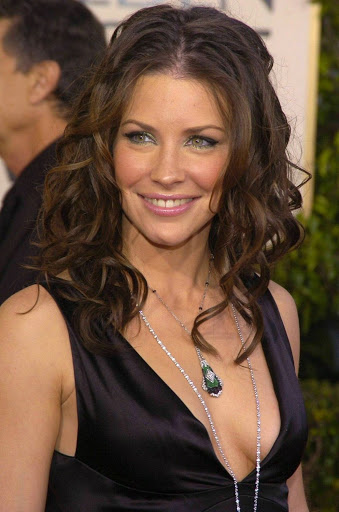 Evangeline Lilly Pics, Net Worth, Movie And TV Roles, Private Life -  RadVirals